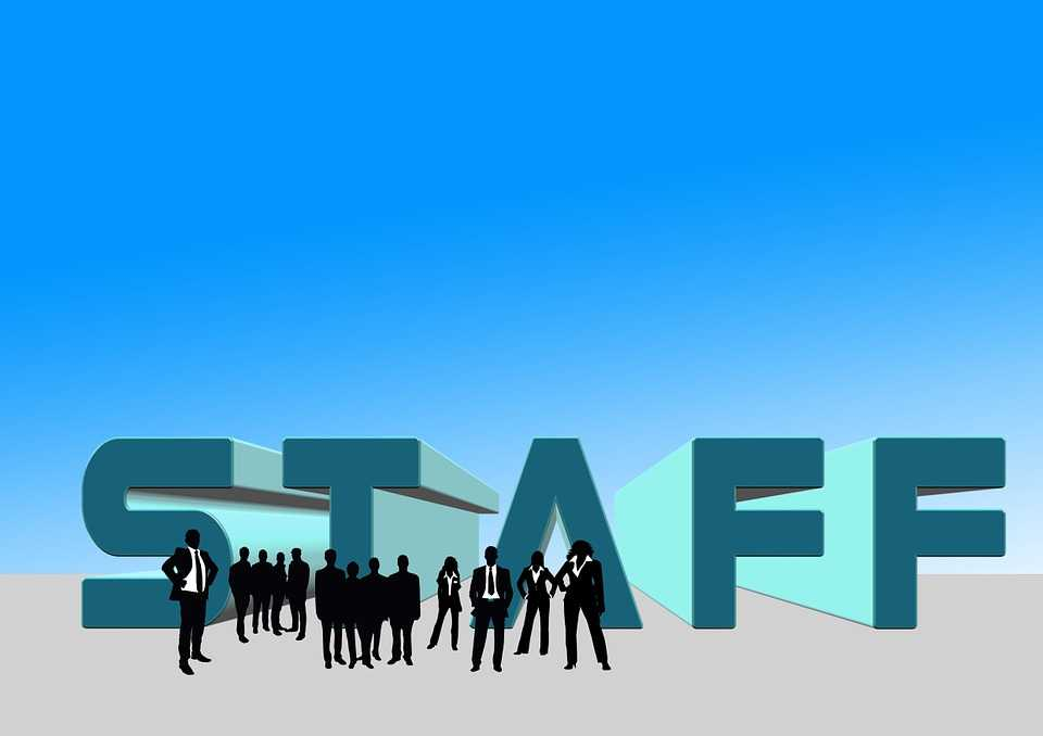 Staffing vs Recruiting: What's the Difference?
